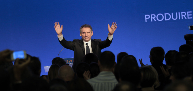 http://www.bayrou.fr/media/Articles/thumbnail/main_1326535216article-FB-02.jpg