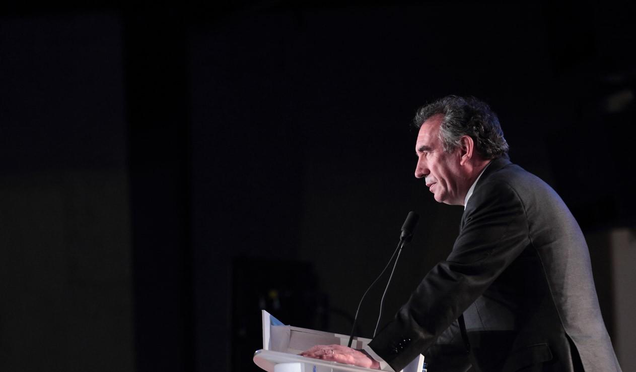 http://www.bayrou.fr/media/Une/1332200062photo.JPG